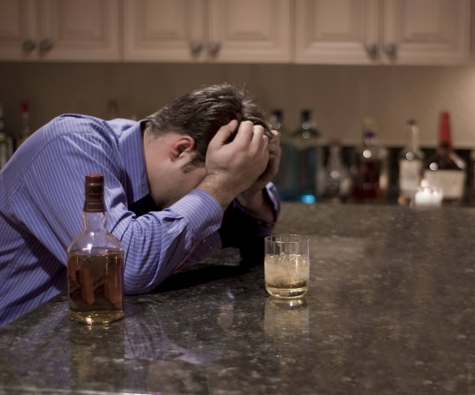 Thumbnail photo of Socioeconomic Status and Alcohol Use