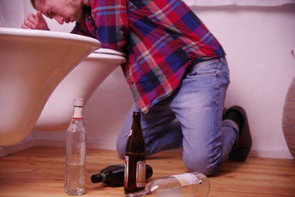 Thumbnail photo of Symptoms of Alcohol Poisoning and What NOT to Do